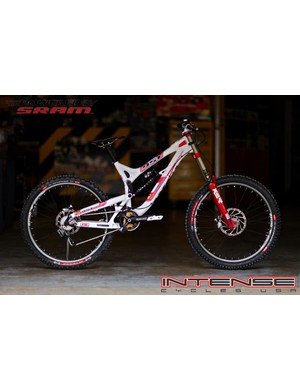 Intense The Privateer 951 FRO
