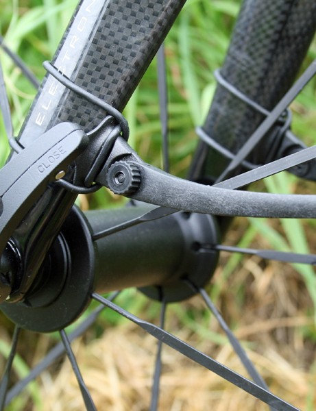 The Crud Roadracer mudguards attach to your fork legs and seatstays with thick rubber loops