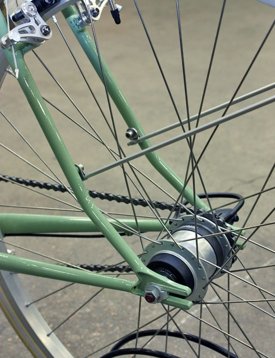 Fender mounts are neatly built into the seat stays.