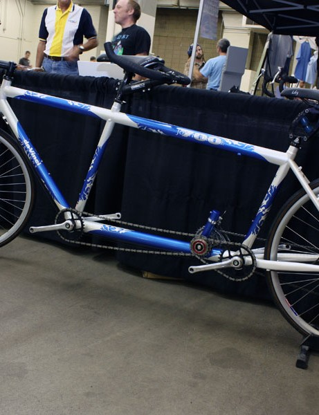 This DaVinci Joint Adventure tandem includes S&S couplings for easy packing.