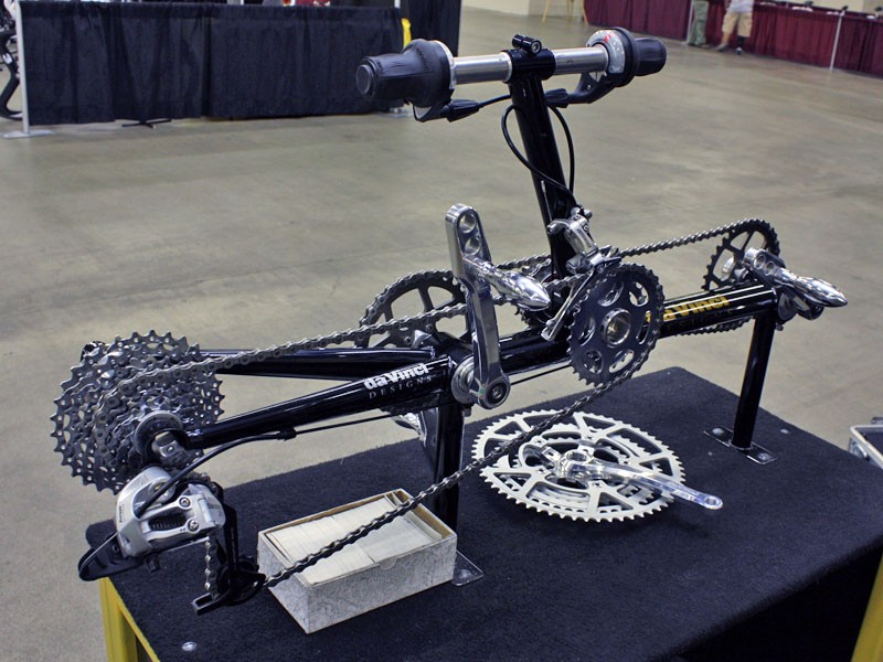 DaVinci's unique tandem drivetrain allows the captain and stoker to pedal at different cadences.