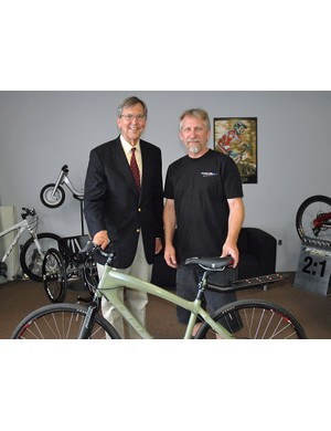 Brent Foes celebrates the launch of the Pasadena commuter with the Mayor of Pasadena, Bill Bogaard