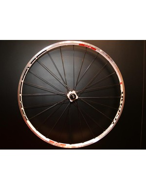 The much-heralded XM 1559 Tricon road bike wheel