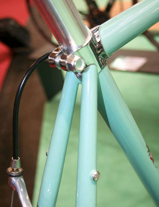 Chromed lugs on the Dolomiti's seat cluster