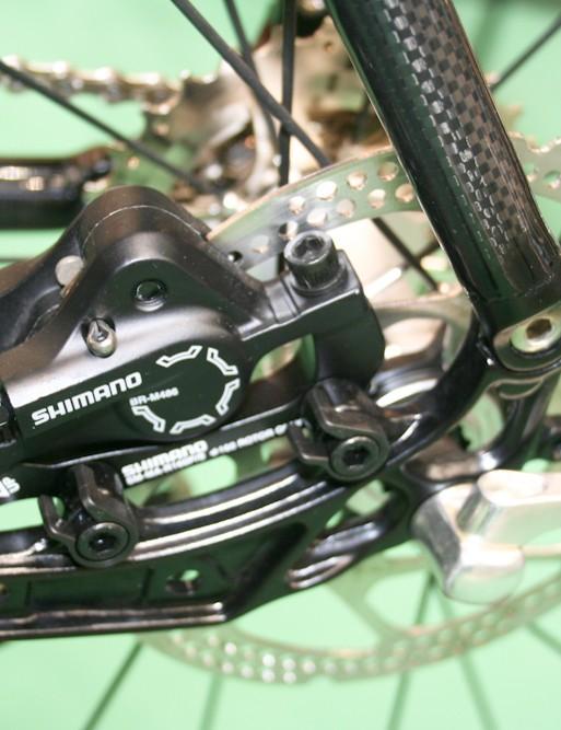 Inboard chainstay-mounted rear disc calliper