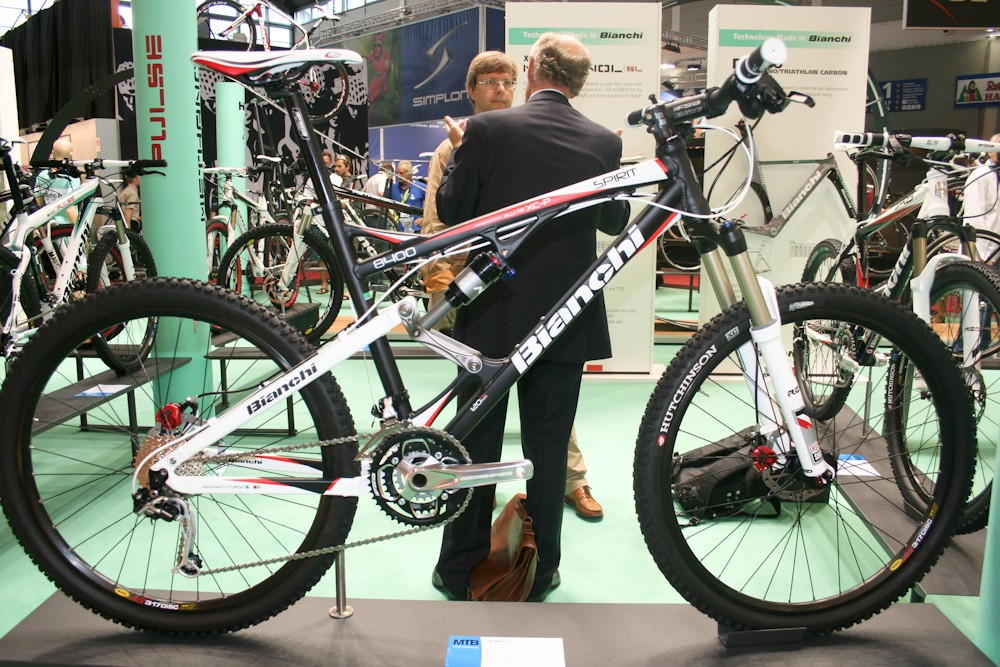 The sole full-susser in Bianchi's line-up is the Spirit, with 120mm of rear travel