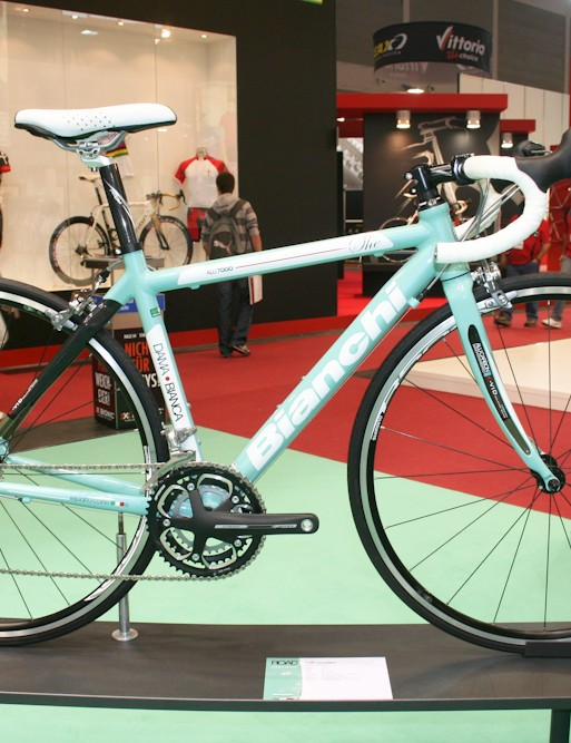The She is the alu/carbon mix Shimano 105-equipped women's bike