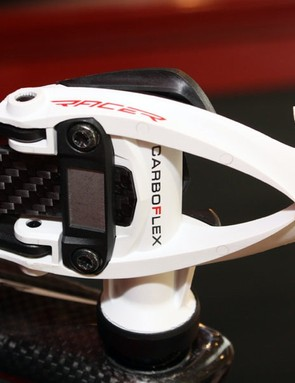 The new Time iClic pedal design trades in the usual coil spring for a lighter carbon fibre 'blade'.