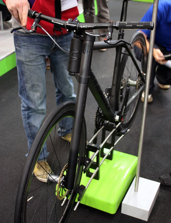 Cannondale also fitted its concept bike with rigid carbon fibre version of its venerable Lefty suspension fork.