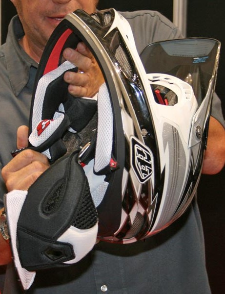 Cheek pads and other padding can be removed in the event of a crash or to clean the filth from them