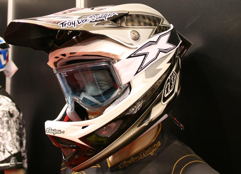 Sam Hill's signature D3 helmet