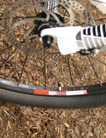 BH Ultimate 9.9 uses DT Swiss's carbon wheelset