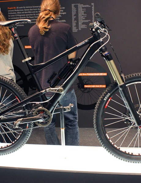 Canyon showed off this 'Projekt S5' machine complete with 180mm of travel front and rear and weighing under 12kg (26.5lb) as seen here.
