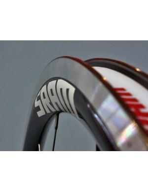 The S30 AL Race and S30 AL Sprint rims feature a hybrid toroidal cross-section.