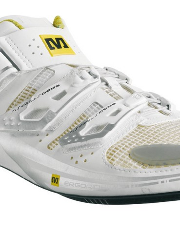New Mavic Huez. At 195g per shoe, very much designed to get weight-weenies all excited
