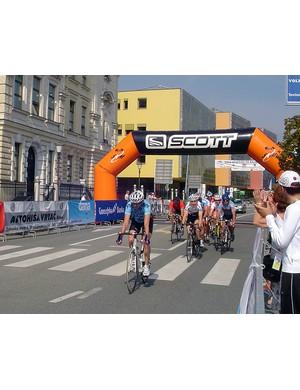 Peter de Groot on the front in the men's 45-59yr road race