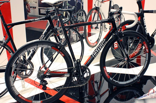 The SLR01 is BMC's new top-end road frameset for 2010 with a lighter weight and dramatically improved stiffness over the current Pro Machine.