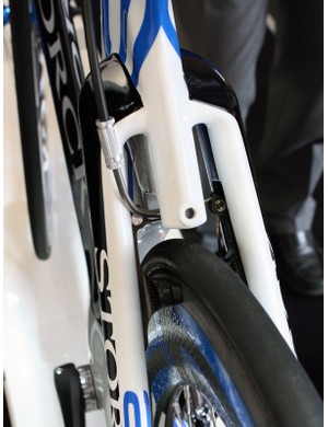 Likewise, the rear brake is neatly integrated into the seat stays.