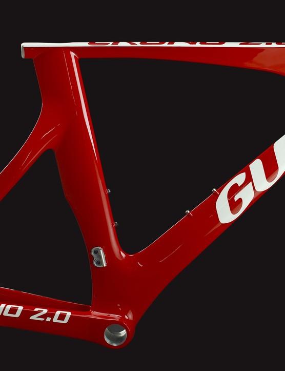 The 2010 Guru Crono 2.0 time trial frame.