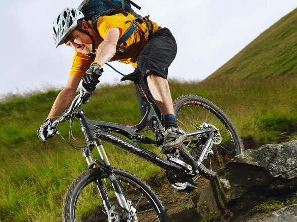 The Blur LTC is a fitness and skill  l attering all-day trail bike that'll hit technical sections like you were born with kneepads
