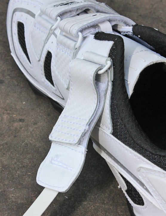Northwave's elegantly simple strap adjustment setup uses overlapping strips of Velcro.  Additional stitching at the end allows for trimming without fraying, too.