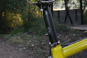 A stout two-bolt house-brand aluminum post secures the San Marco Zoncolan saddle whose smooth corners work well for 'cross remounts but ultra-narrow nose is a bit uncomfortable when you're on the rivet.