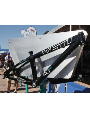 Yeti's new DJ is now more like a BMX frame in terms of overall stiffness and maneuverability.