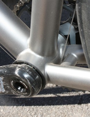 The Vamoots RSL is designed to use the new press-fit BB30 bottom bracket
