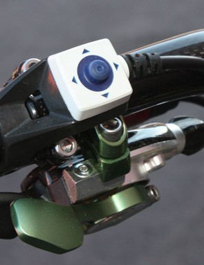 The handlebar-mounted joystick controller is very intuitive to use.
