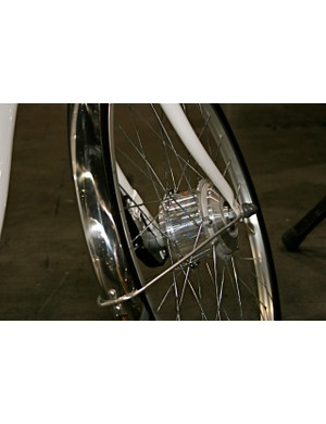 Sanyo's front hub-based motor works while coasting or braking.