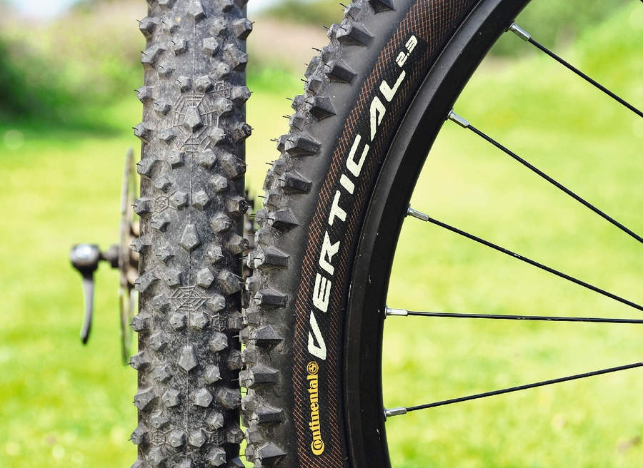 Continental Vertical Protection Black Chili Tyres