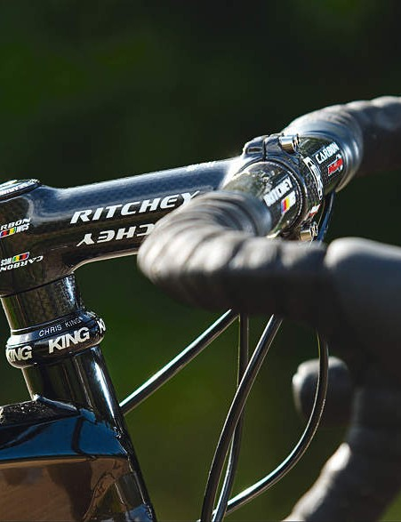 The £4,000 price tag is justified with top-of-the range spec, including  Ritchey stem and Double Tap shifters