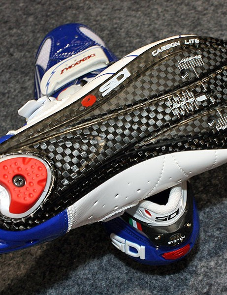 Sidi says the new Carbon Lite sole plate is about 50g lighter per pair while still retaining a bit of flex under the toes for long-distance comfort.