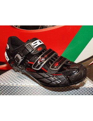 The Sidi Spider SRS blends a replaceable outsole and reinforced toe into the company's trademark fit and feel.