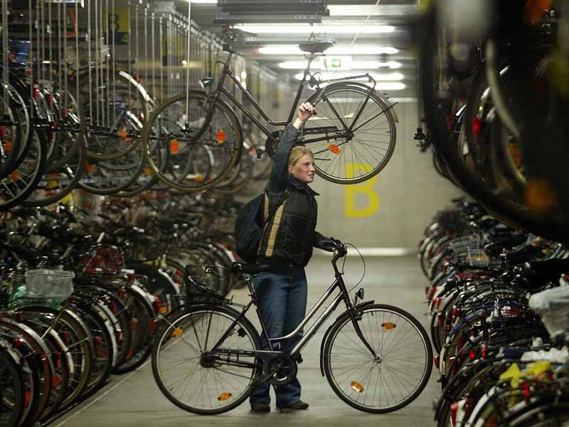 Money will be spent on new facilities (among other things) in Nottingham to encourage more students to cycle