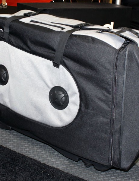 Empty weight on Biknd's new Helium travel case is under 9kg (19.8lb) so you can fit more inside while still staying within airline weight restrictions.