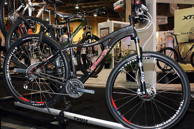 """Ellsworth goes carbon with the new Enlightenment hardtail, which will be offered in both 26"""" and 29"""" variants."""