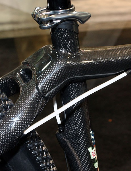 Ellsworth uses monostay setups for both the seat stays and chain stays.