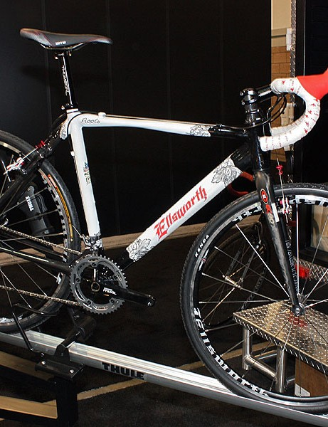 Just in time for 'cross season comes the limited edition Ellsworth Roots.