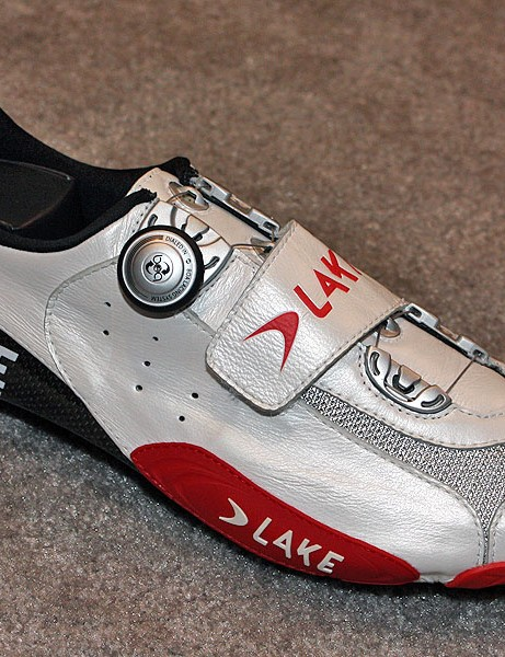 Lake Cycling's flagship CX401 road shoe gets an extra strap across the middle of the foot - though it's mostly there so that you can see the logo in finish line shots.