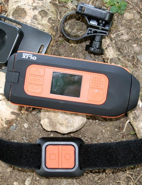 The Action Camera comes with handlebar, goggle, helmet and universal mount