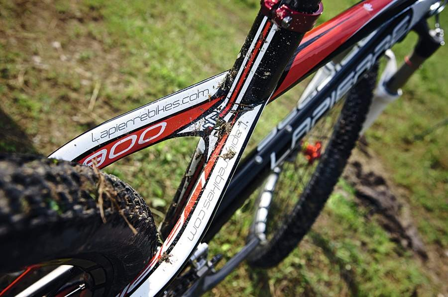 Clever carbon means no seatstay bridge, so bags of mud room
