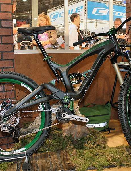 GT will apply the lessons learned from its Fury carbon fibre downhill bike to a new aluminium freeride rig called the Ruckus 7.