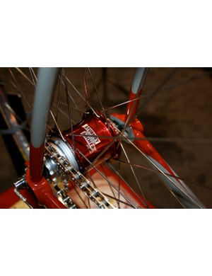 The modern Sturmey-Archer S3X 3-speed fixed-gear hub.