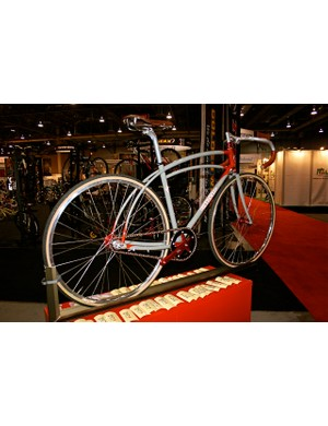 A gorgeous Retrotec was made to hang the custom anodised Sturmey-Archer bits at Interbike.