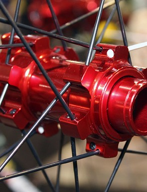 Pro-level Black Flag and Charger front hubs will be convertible between 9mm quick-release and 15mm and 20mm through-axle standards