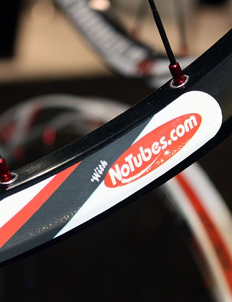 Four of Sun-Ringle's new 2010 wheelsets will feature tubeless-ready rim geometry licensed from Stan's NoTubes