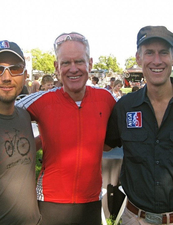 Specialized founder Mike Sinyard (C) with NorCal League's Matt Fritzinger (L) and Austin McInerny after the ride
