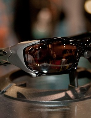 Pit Boss is another model in Oakley's premium Elite line with a moulded O Matter frame and custom formed titanium outer plates