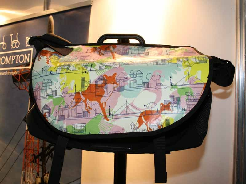 The S bag features a colourful design